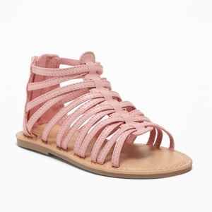 NWT Old Navy Girls Pink Zipper Sandals Size 6